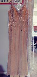Ellie wilde gold dress size 10